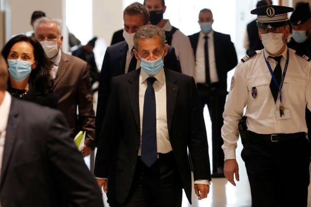 'ενοχος για διαφθορά ο Nicolas Sarkozy