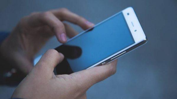 Χρήση των sms μέχρι τις 15 Μαΐου