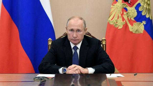 Ρωσία Ο Πούτιν Κυβερνήτης Με Νόμο